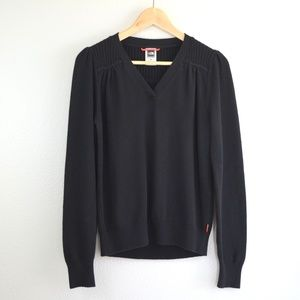 The North Face Black V-Neck Wool Blend Sweater